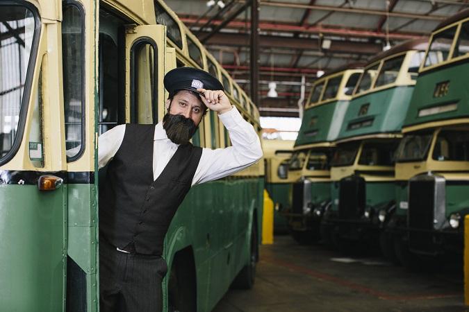 HERITAGE BUS TOURS - Ludwig Leichhardt Express